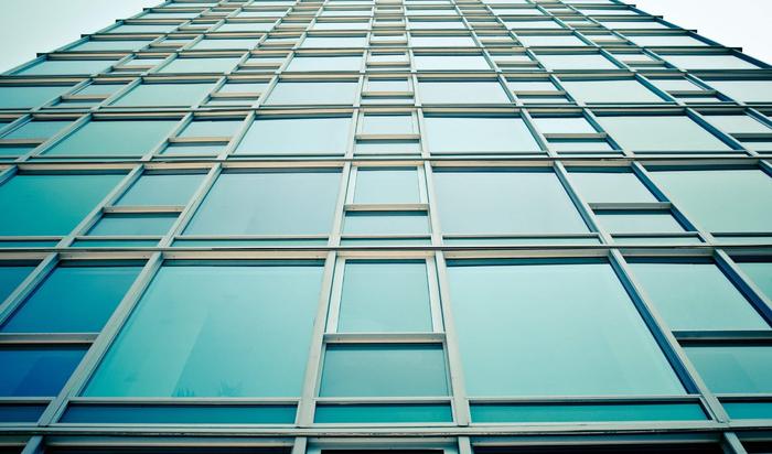 Безграничность пространства. Использование стеклянных фасадов