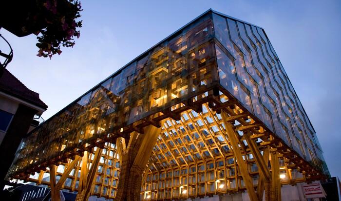 Здание-фонарь: чем еще удивит нас прекрасная Норвегия?