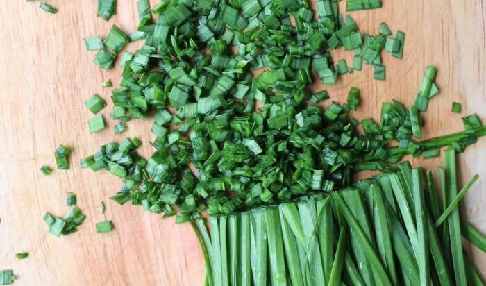 Как вырастить в домашних условиях съедобные травы? 5 популярных вариантов