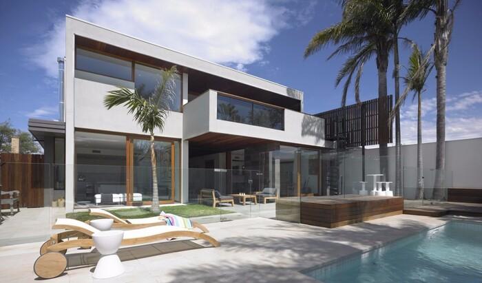 Самые красивые творения архитекторов, которые можно снять на выходные