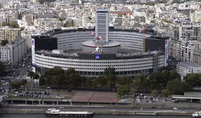 Реконструкция парижского дома Радио. Квадратный проект для «круглого дома»