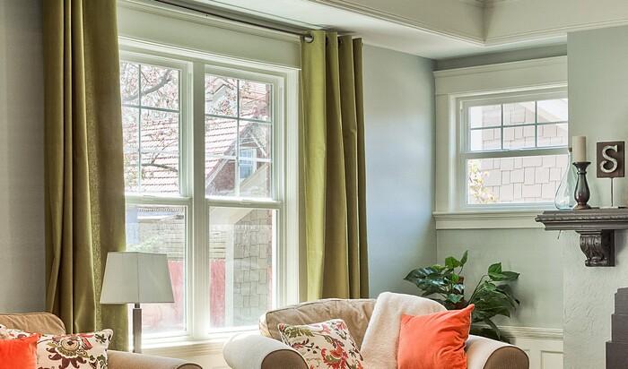 Карниз и шторы на окна: советы профессионала для оформления нетрадиционных окон