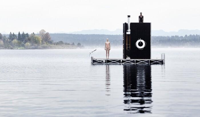 Сауна на плаву: новый представитель «архитектуры на воде»
