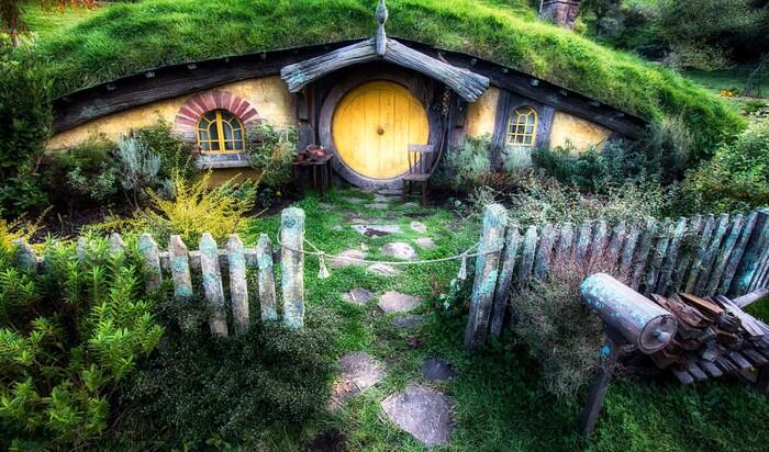 Где и сколько стоит снять домик, как в сказке про хоббитов?