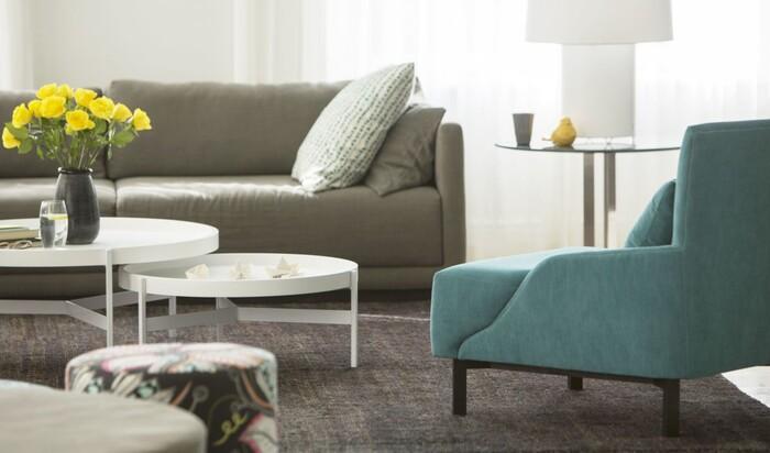 Способы планировки гостиной: 4 наглядных примера от дизайнера