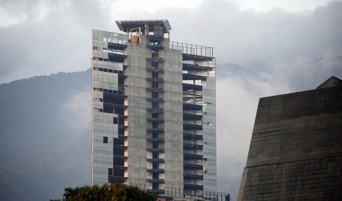 Эвакуация Башни Давида (Torre David): конец самому высокому в мире сквоту