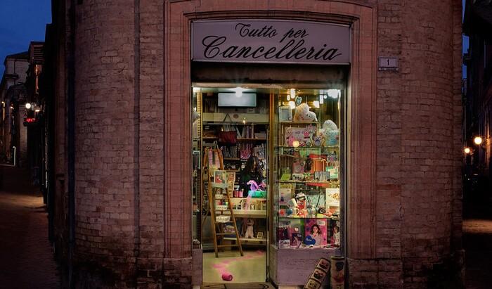 Магия Италии, воплощенная в фантастических фотографиях небольших магазинчиков