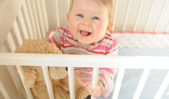 Как выбрать кроватку для новорожденного? Виды кроваток