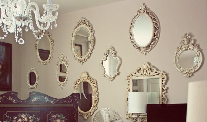 «Данетки» в декорировании зеркалами от профессионального дизайнера интерьеров