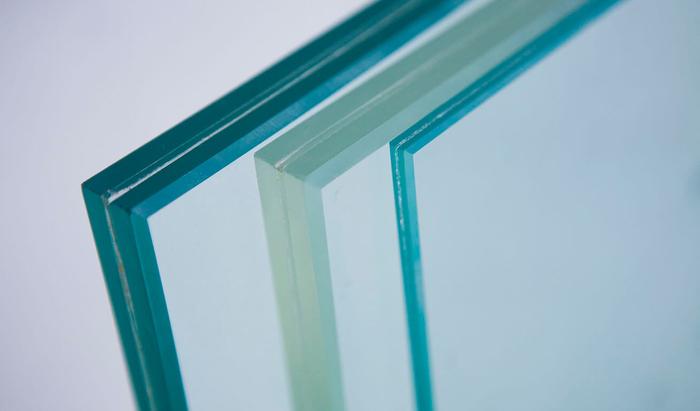 Хрупкий и прочный. Что вы ещё не знали о стекле как о строительном материале