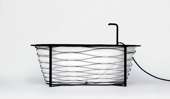 Ванна для путешественников: всплеск фантазии дизайнера или полезный аксессуар