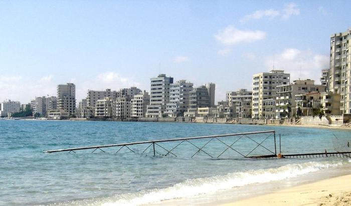 Город-призрак Фамагуста — заброшенные отели Средиземноморья