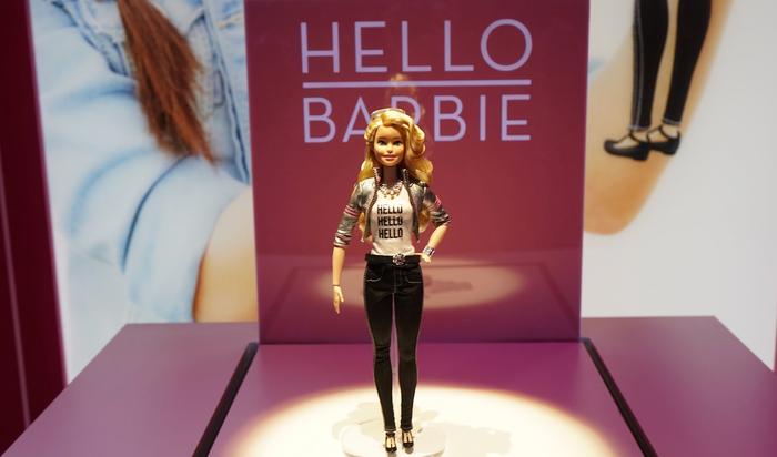 В 2016 году даже у Барби будет умный дом и беспилотник