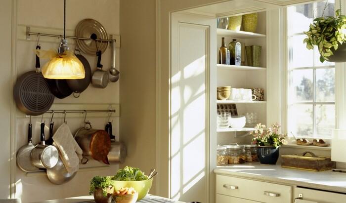 Как выжать из маленькой кухни все: способы организации пространства для малогабаритной кухни