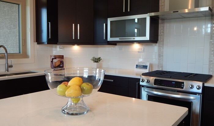 Виды столешниц для кухни: 11 свежих вариантов с фото