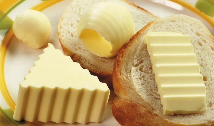На удивление хозяйкам: хранить сливочное масло в холодильнике вовсе не обязательно