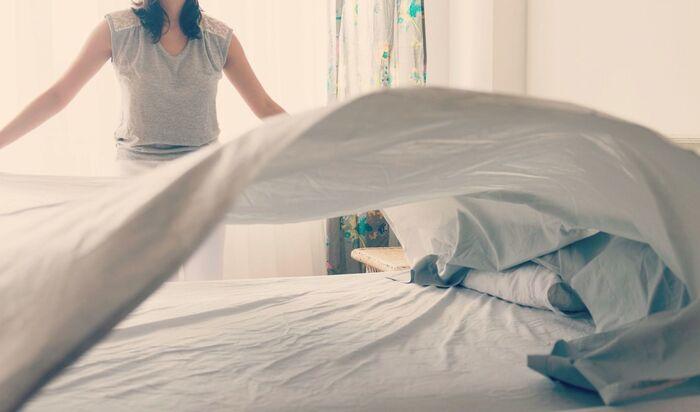 Самые распространенные ошибки при заправлении кровати