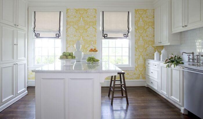 Комбинированные обои в интерьере кухни: советы по сочетанию
