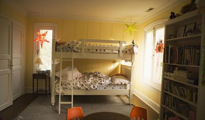 Детские двухъярусные кровати: как выбрать правильный вид?