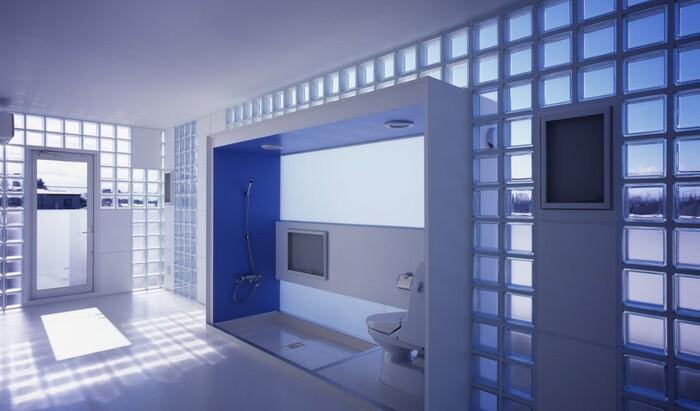 Стеклоблоки для дизайна интерьера ванной комнаты