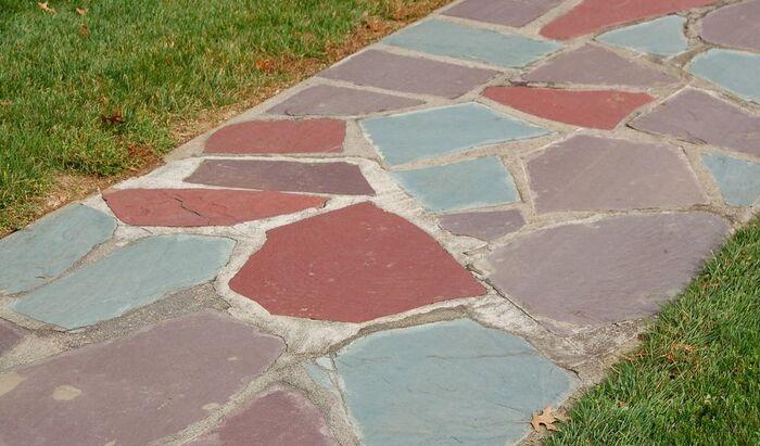 Как построить каменную дорожку в саду?