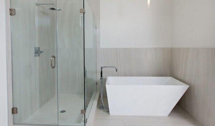 Виды облицовки пространства в ванной комнате