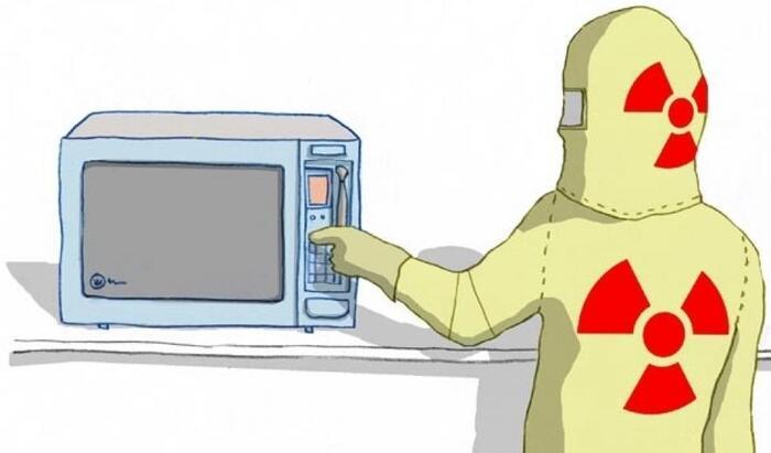 9 вещей, которые ни за что нельзя греть в микроволновке!