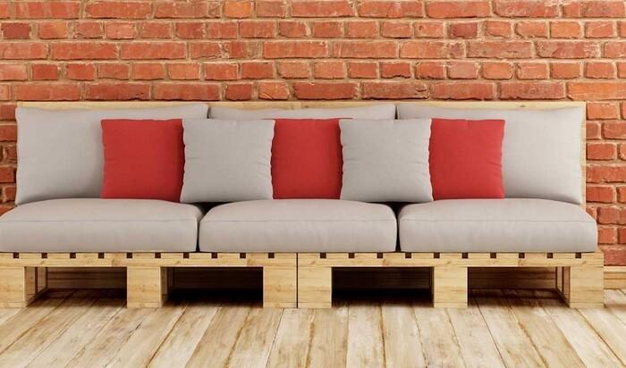 Мебель из паллет и поддонов своими руками: недорогие изделия для дома и дачи