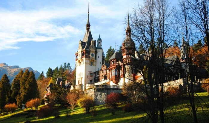 Замок Пелеш: румынская архитектура во всем своем величии