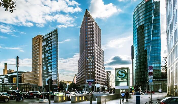 Потсдамская площадь в Берлине: символ воссоединения страны и любви к природе
