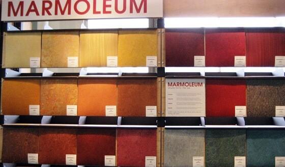 Мармолеум — выгодное решение для пола в доме: