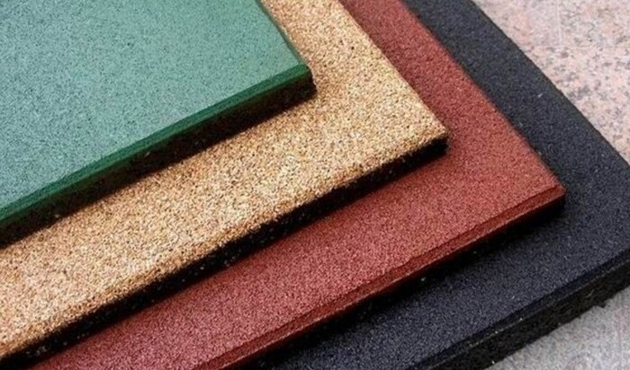 Напольная резиновая плитка: всё, что вы должны знать о материале