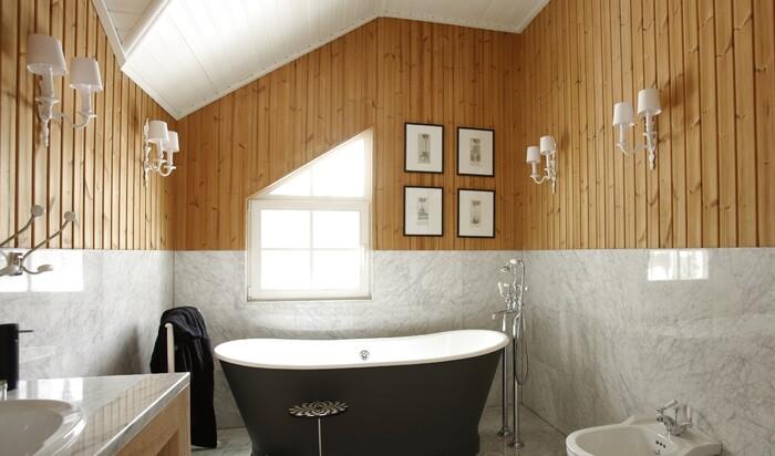Дверь для ванной с вентиляцией: улучшение микроклимата