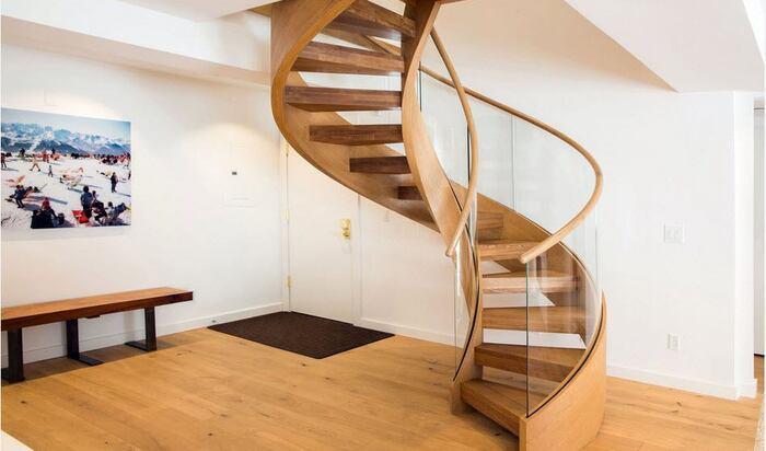 Спиральная лестница – грациозный элемент для вашего дома