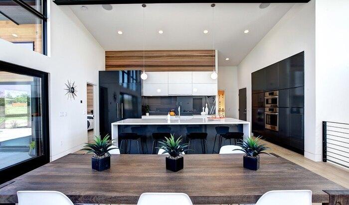 Черно-белое сочетание в интерьере: контраст для комнат дома