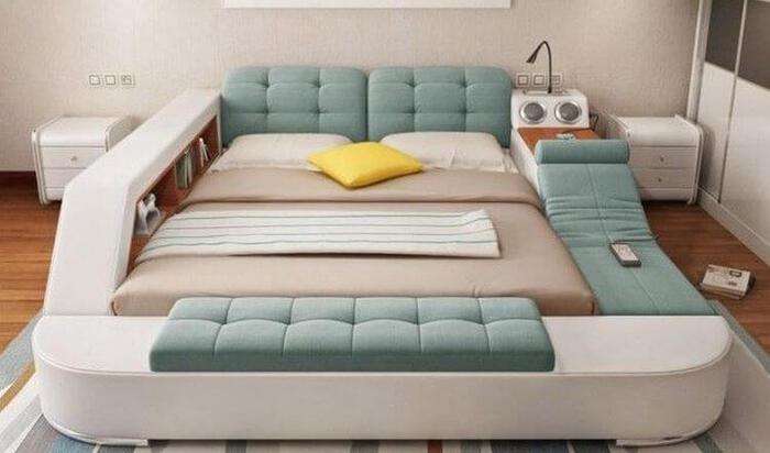 Многофункциональная кровать для вашего релакса: остров личного досуга