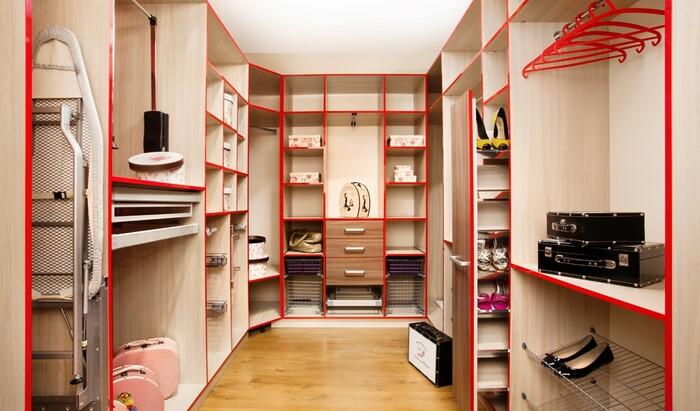 Дизайн гардеробной: несколько правил для стильного и функционального пространства