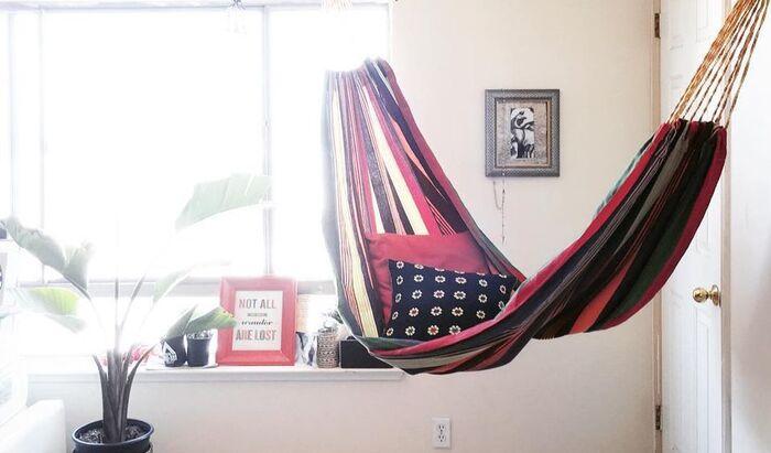 Идеи дизайна с подвесным гамаком для дома