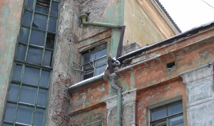 Как определить износ здания: правила оценки и методики для гражданских построек