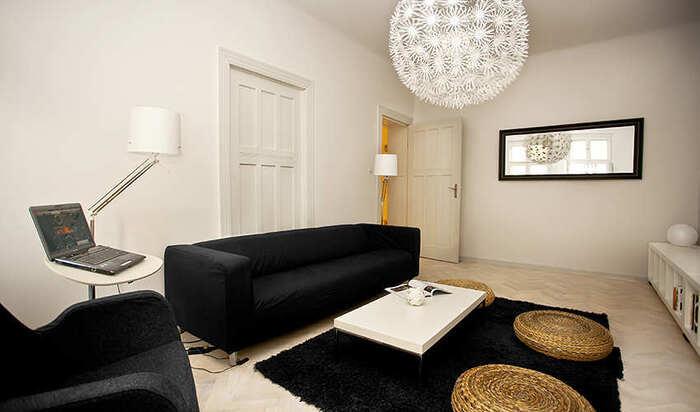 Черный диван: элегантность и оригинальность для безупречного интерьера