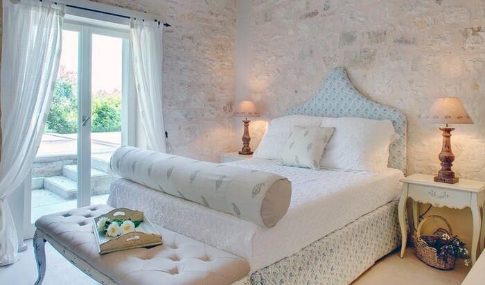 Греческий стиль дизайна интерьера: немного античности в ваш дом