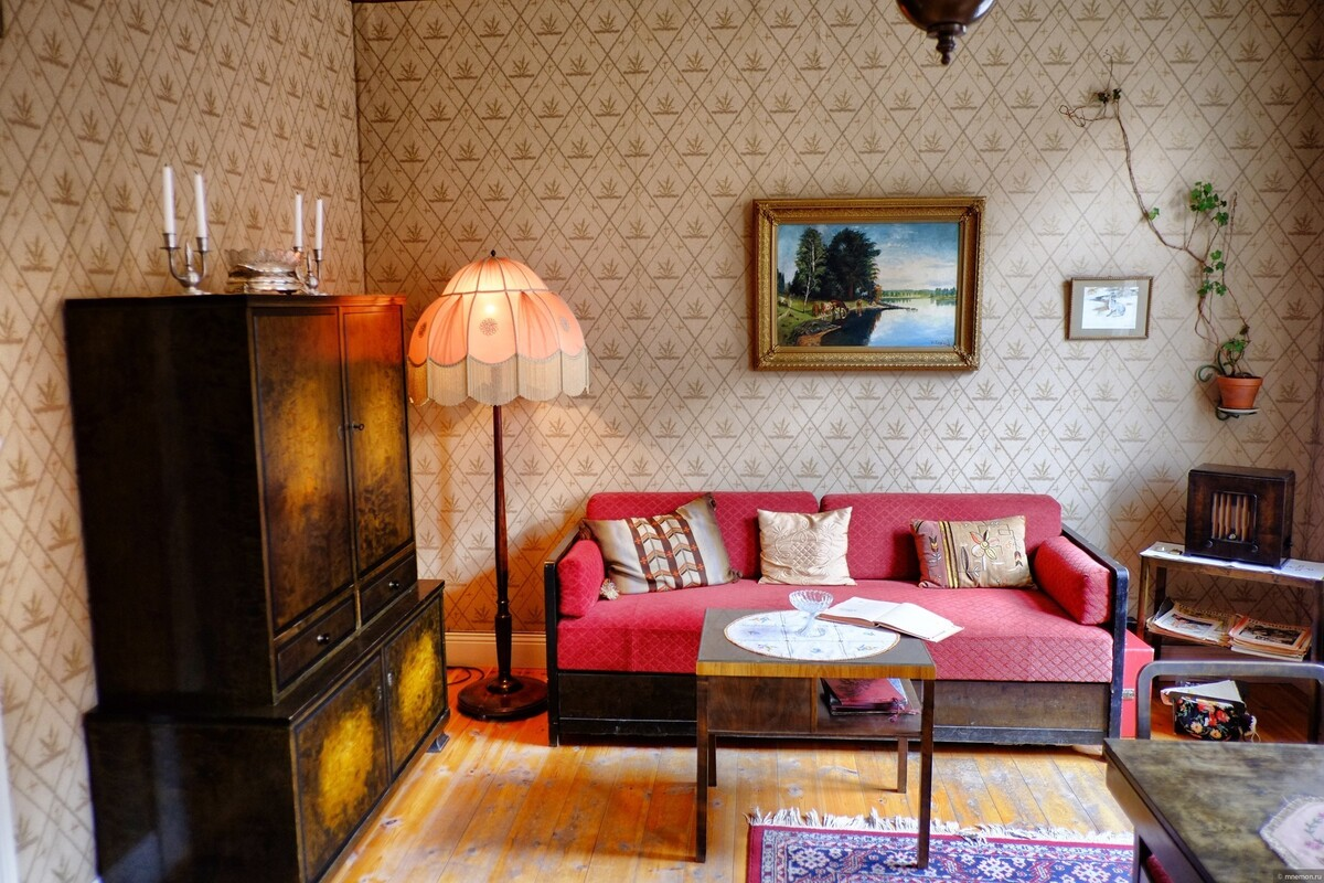 фото уютных съемных квартир спиной стене, поясницей