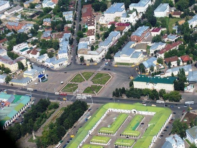 На время праздничных мероприятий Дня города и области в центральной части Костромы изменится схема дорожного движения