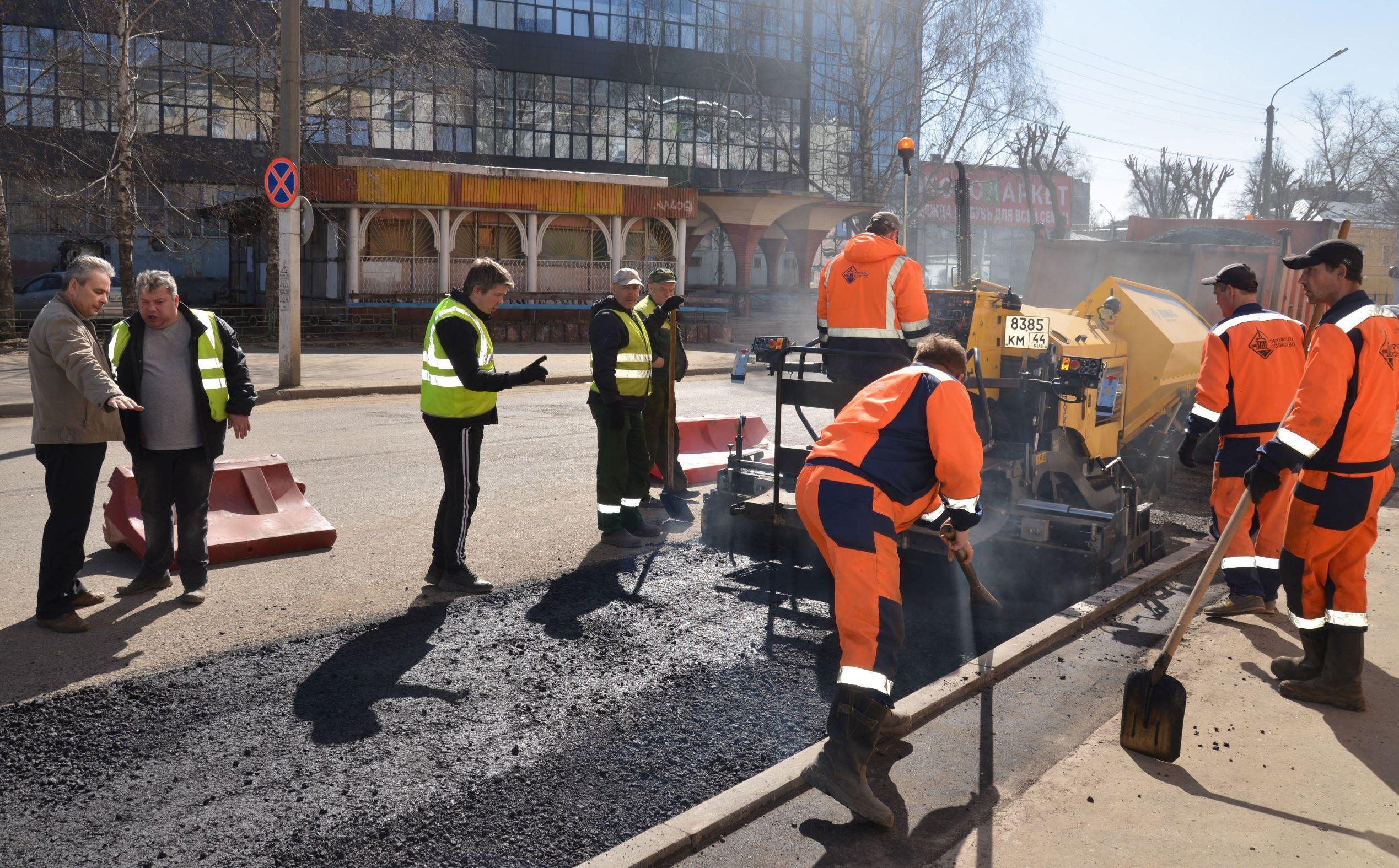 Расширение проезжей части на улице Энгельса позволит увеличить пропускную способность транспорта